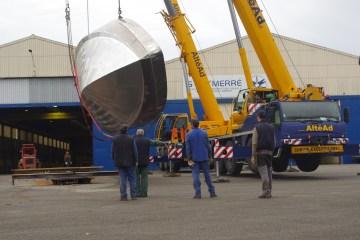 Retournement des coques des vedettes de pilotage SEEM 20-1430AL