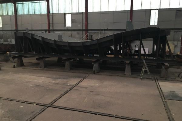La construction du remorqueur-pousseur SEEM 12-800ST a été lancée