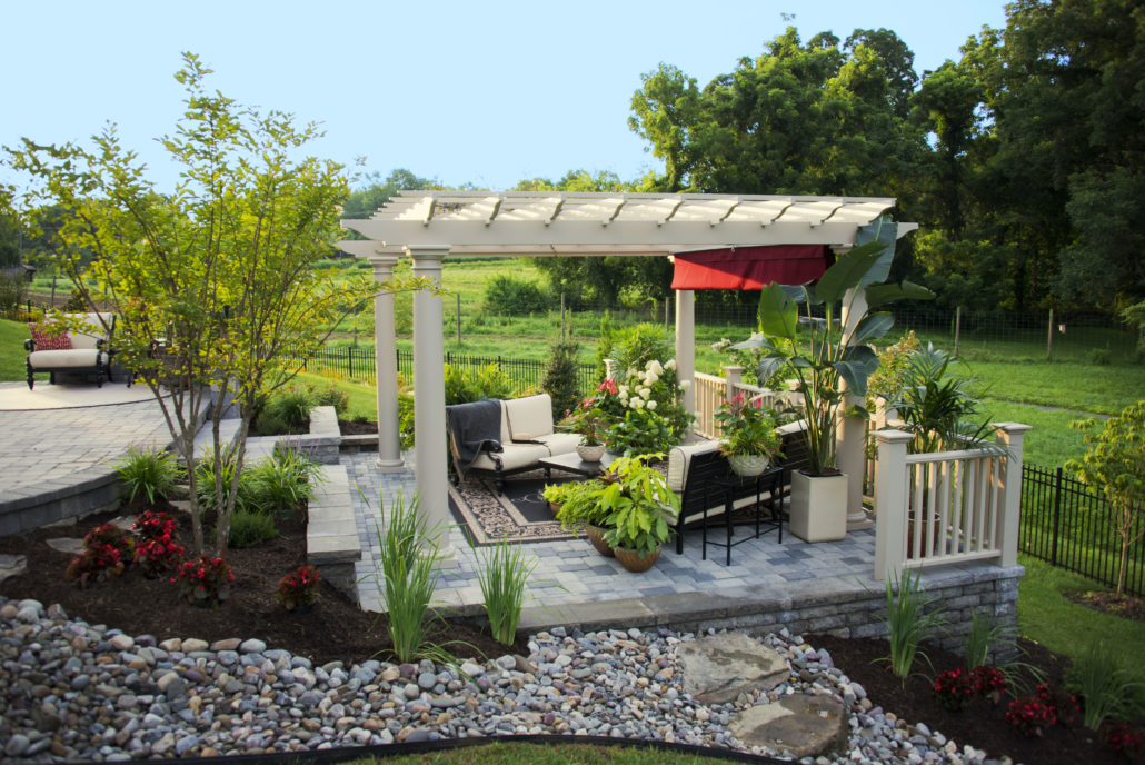 Tropical Backyard Pergola And Patio Merrifield Garden Center