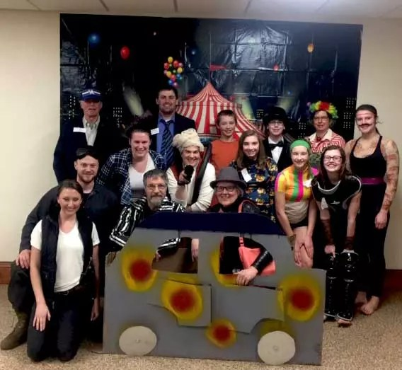 circus party group photo