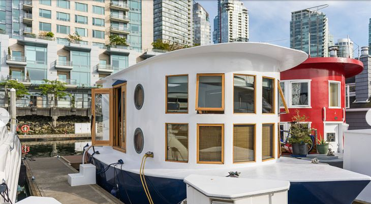 Vancouver Coastal Seahomes are a unique style of home for locals who love this lifestyle. They do not become available often.