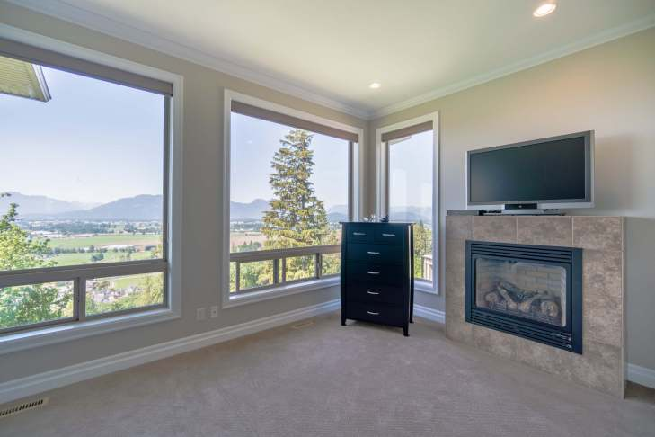 Master Bed view on main level - 185 - 51075 Falls Court, Chilliwack