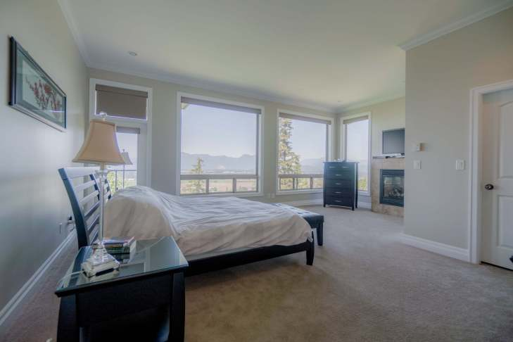 Master Bed on main level - 185 - 51075 Falls Court, Chilliwack