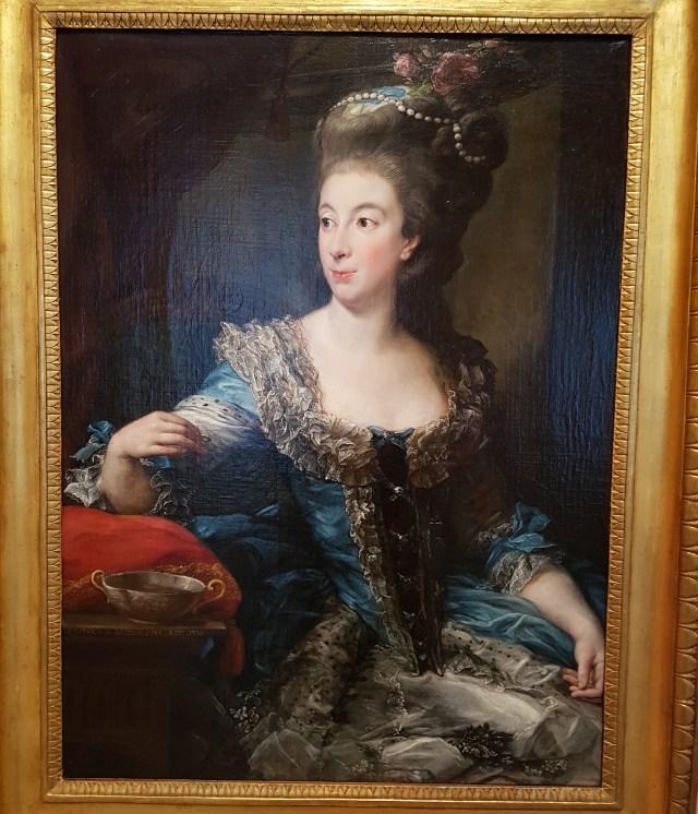 María Benedetta di  San Marino, según Pompeo Batoni https://www.museothyssen.org/coleccion/artistas/batoni-pompeo/retrato-condesa-maria-benedetta-di-san-martino