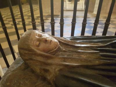 Inés de Osorio y Urraca Asturiana, la tradición en la catedral de Palencia