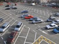 Primăria Sibiu reconfigurează accesul în parcarea de pe Cazarma 90,pentru a fluidiza traficul