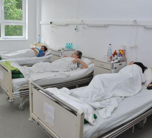 Trei spitale sibiene promit să ofere programări online și analize primite pe telefon