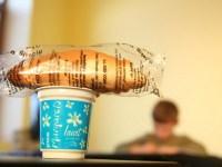 Laptele și cornul le vor fi livrate elevilor sibieni de două firme din Timiș și Gorj