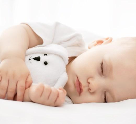 Decalaj la înregistrarea bebelușilor. Starea Civilă extinde programările online