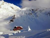 Zăpadă de aproape 2 metri la Bâlea Lac