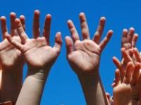 Campanie de promovare a adopției, chiar de Ziua națională a adopției – 2 iunie