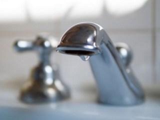 Boboteaza fără apă! Mii de locuințe afectate de o avarie la rețeaua de alimentare cu apă