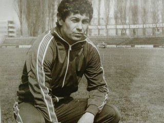 Mircea Lucescu a adus naționala pentru prima dată la Sibiu. REMEMBER România-Polonia | 27 martie 1985
