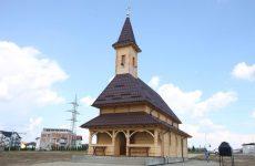 Noua biserică din cartierul Arhitecților a fost binecuvântată de ÎPS Laurențiu