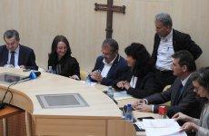 Primarul orașului Avrig a semnat contractul de finanțare pentru construcția primei creșe