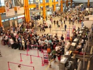 """Cea mai """"aglomerată"""" lună pe Aeroportul Cluj – iulie 2019: peste 300.000 de pasageri"""
