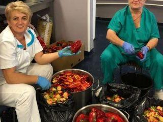 Sute de kilograme de legume conservate pentru hrana pacienților Spitalului de Pneumoftiziologie din Sibiu