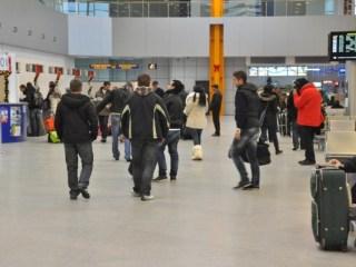 Peste 300 de muncitori români, în drum azi spre Germania