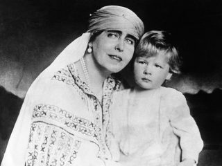 ROMANIA - CIRCA 1926:  Queen Marie, Princess Of Great Britain And Her Grandson Prince Michael, The Future King Of Romania, Around 1926.  (Photo by Keystone-France/Gamma-Keystone via Getty Images)