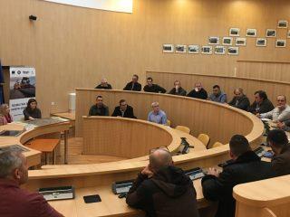 Administratorii fondurilor cinegetice, consultați de CJ Sibiu pentru amplasarea indicatoarelor de avertizare