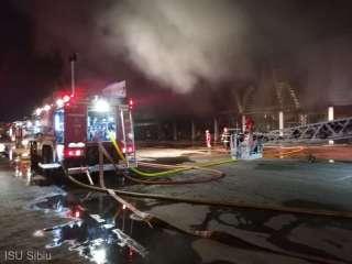 Incendiu de mari proporții la Ambient