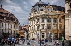 Mesajul Primăriei Sibiu, după ce o asistentă a fost jignită și alungată de vecini
