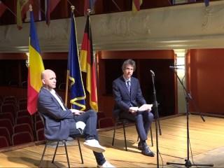 Consulul Germaniei la Sibiu, oaspete de onoare – pe scenă –la Stagiunea Online