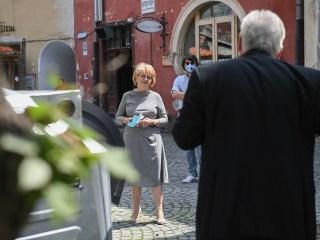 Primăria Sibiu caută soluții mai bune pentru gestionarea platformelor de colectare a deșeurilor din zonele de blocuri