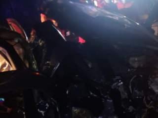 Între timp în țară: Carnagiu pe șosea! Patru morți în două mașini. Alți 4 oameni sunt grav răniți