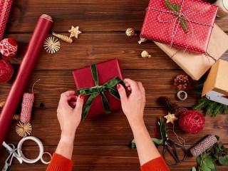 Cadouri pe care să NU le oferi de Crăciun! Care sunt acestea?
