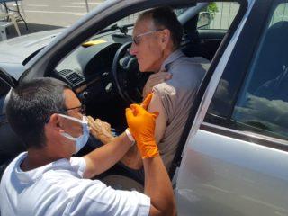 FOTO: În Parcarea Cazarma 90 a început imunizarea și cu Johnson&Johnson