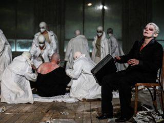"""Două premiere, patru reprezentații """"Faust"""" și alte cinci spectacole pe scena TNRS în octombrie"""