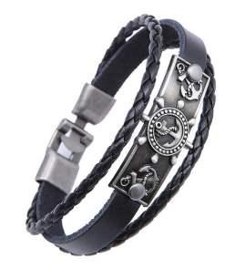 bracelet charme ancre gouvernail en cuir noir presentation fond blanc