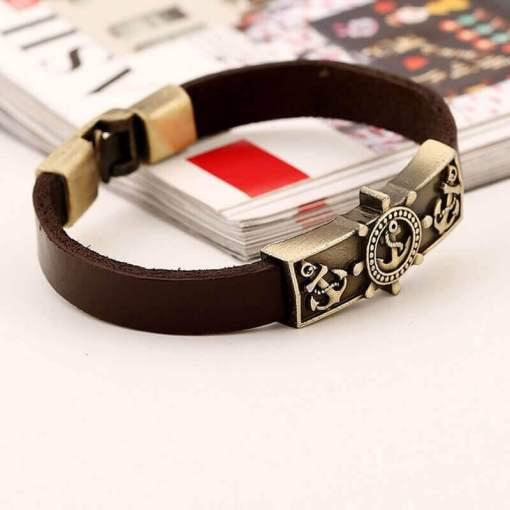 Bracelet vintage Ancre en cuir marron profil