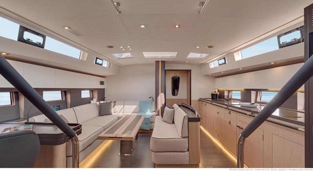 interieur-3-oceanis-yacht-62-beneteau-mesailor