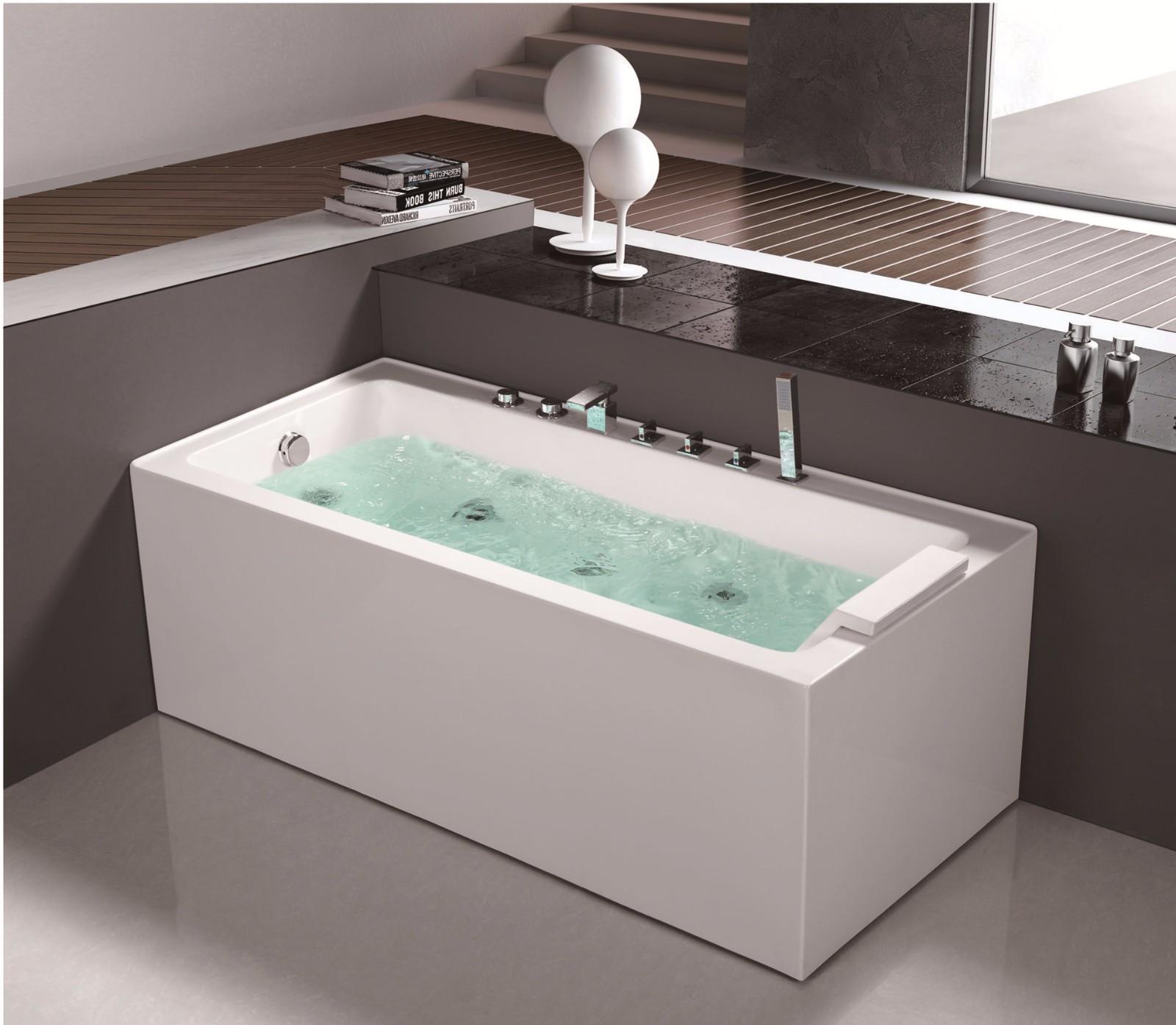 China Simple Modern Design Style Hot Corner Whirlpool