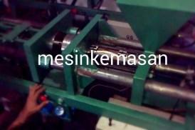 mesin cetak tutup galon