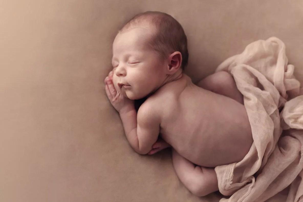 photographe nouveau-né paris ile de france