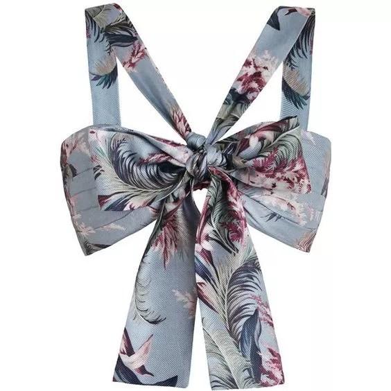 Bandeau fleuri bleu avec gros noeud ssense