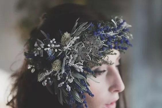 idees accessoires photo grossesse couronne vegetale lavande