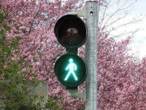 green light on pole