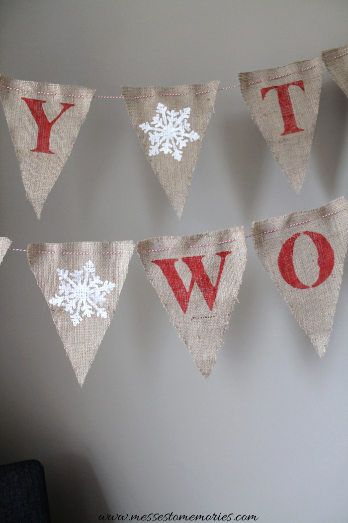 How to make a Christmas Banner from Messes to Memories