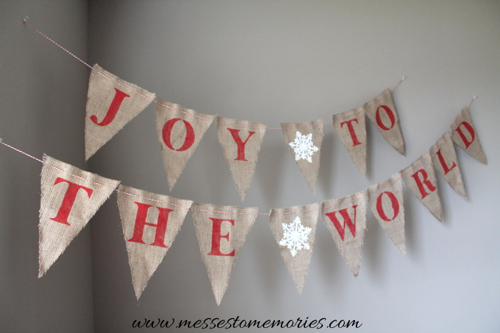 Joy to the World banner from www.messestomemories.com