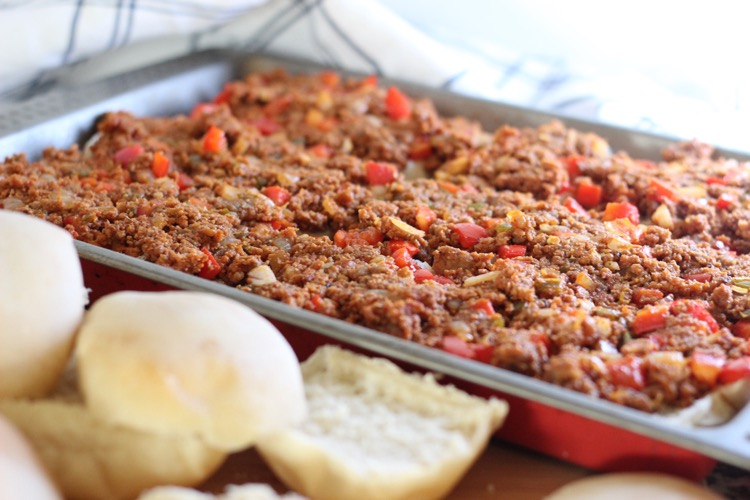Sweet and Spicy Cheeseburger Casserole
