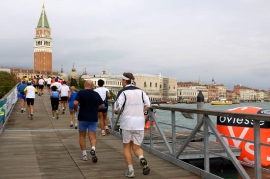 """Record rosa alla """"Venicemarathon"""", messinesi tutti al traguardo"""