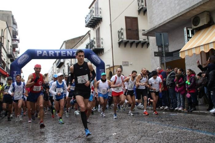 Agnello vince sotto la pioggia a Partinico