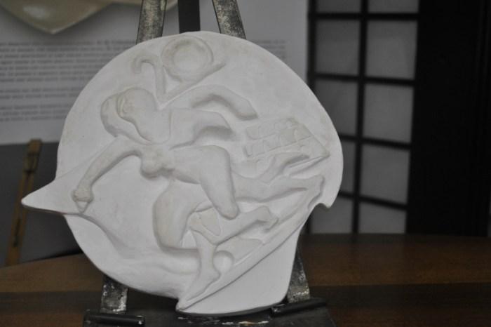 Presentata la medaglia della Maratona di Roma