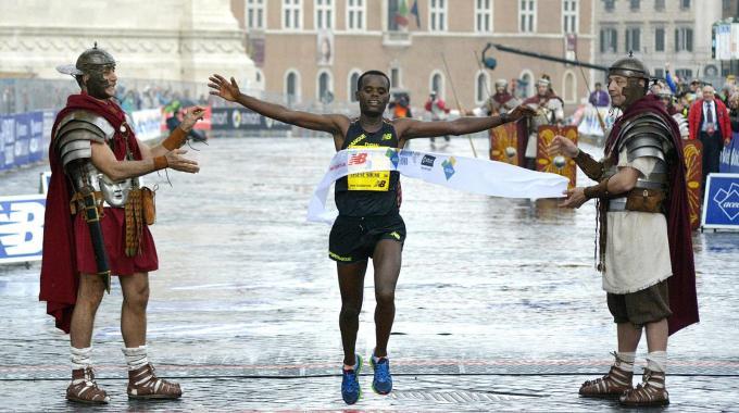 Doppio successo etiope alla Maratona di Roma