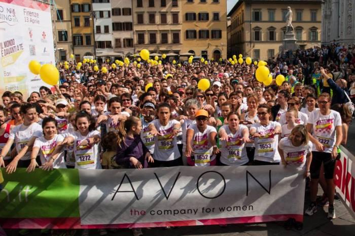 2000 donne al via dell'Avon Running fiorentina