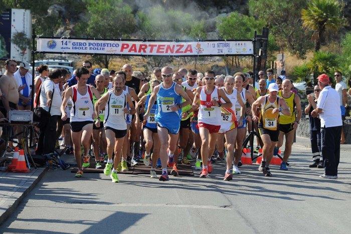"""Gli olè di Franzese e Marconi aprono il """"Giro delle Eolie"""""""
